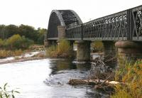 The Spey Viaduct in the autumn of 2005, looking west towards Garmouth. The angle shows the three eastern approach spans and the central Bowstring structure. <br><br>[John Furnevel&nbsp;30/10/2005]