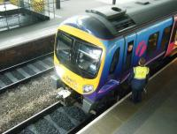 TransPennine unit 185135 awaits departure time at Leeds on 19 March with a service to Liverpool Lime Street.<br><br>[Veronica Clibbery&nbsp;19/03/2015]