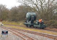 Shining example. A Simplex tractor towing a WW2 Royal Artillery Searchlight at Statfold Barn on 28 March 2015.<br><br>[Peter Todd&nbsp;28/03/2015]