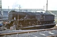 Gateshead A3 60076 <I>Galopin</I> being turned at Eastfield in July 1961.<br><br>[John Robin&nbsp;/07/1961]