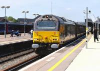 Royal Train behind 67005 <I>Queen's Messenger</I> eastbound through Didcot on 11 June. No Royals on board on this occasion but their luggage and security detail (by all accounts).<br><br>[Peter Todd 11/06/2015]