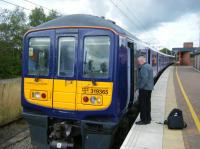 A recently introduced Class 319 is seen at Wigan North Western. It will have worked in from Lime St via St Helens.<br><br>[Veronica Clibbery&nbsp;17/09/2015]