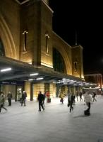 The much-tidied frontage at King's Cross on a Thursday evening. The image was captured at about 21.30 - the gents in suits must be working long hours. [see image 48472 for a daytime view]<br><br>[Ken Strachan&nbsp;30/09/2015]