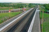 The (in 1989) brand new Greenfaulds station looking south from the footbridge.<br><br>[Ewan Crawford&nbsp;//1989]