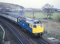 27012 northbound at Inverkeithing East Junction on the afternoon of 7 April 1983.<br><br>[Peter Todd&nbsp;07/04/1983]