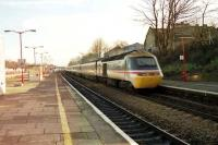 A westbound HST passes through Ealing Broadway station at speed on 26 January 1990.<br><br>[John McIntyre&nbsp;26/01/1990]