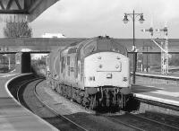 A 37 passes through Stirling with a Aberdeen - Mossend freight on 8 October 1996.<br><br>[Bill Roberton