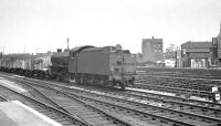 K1 2-6-0 62015 brings an up goods through Doncaster on 31 May 1963.<br><br>[K A Gray&nbsp;31/05/1963]