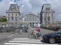 The magnificent Ostend terminus, presently undergoing renovation.  The platforms are to the right.<br><br>[Bill Roberton&nbsp;26/06/2016]
