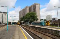 Cardiff Queen Street with its four running platforms and a bay platform for the Cardiff Bay shuttle service.<br><br>[Alastair McLellan&nbsp;12/07/2016]