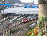 Virgin Trains 0952 Aberdeen - Kings Cross HST about to leave platform 2 at Waverley on Friday 24 March 2017.<br><br>[John Furnevel&nbsp;24/03/2017]