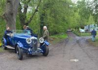 The rather rough road shown here is Brockhill Road; but between about 1910 and 1931, it was a railway of gauge approximately three feet linking Colwall Park Quarry with Colwall station (more or less). Amidst all this uncertainty, I can report with complete confidence that the rather spiffing gentleman's speedy roadster on the left is a 1937 Lagonda.<br><br>[Ken Strachan 01/05/2017]