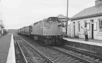 27005 at Barrhill on 23.12.1986 at 10.25 with an additional parcels working to Stranraer, due to pre-Christmas demand.<br><br>[Michael Green&nbsp;23/12/1986]
