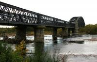 Spey Viaduct looking west 2 - Oct 2005.<br><br>[John Furnevel&nbsp;/10/2005]