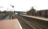 Platform view south at New Cumnock in March 2006. On the left is the wooden ramp up to the A76.<br><br>[John Furnevel&nbsp;29/03/2006]