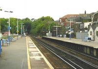 Platform view south towards Brighton from Haywards Heath station in May 2002. [Ref query 1674] <br><br>[Ian Dinmore&nbsp;04/05/2002]