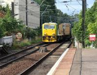 Network Rail MPV 98954 on its way from Mossend yard to Slateford depot approaching Slateford station on 10 August 2017. The unit is in the process of crossing over to the down line in order to reach the single lead Slateford Junction.<br><br>[John Furnevel&nbsp;10/08/2017]