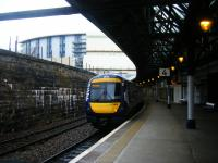 170408 calls at Platform 4 in Dundee station with a northbound service on 14th August 2017. <br> <br><br>[Veronica Clibbery&nbsp;14/08/2017]