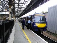 Crew change for an Inverness service in Platform 7 at Perth on 4th October 2017.<br> <br> <br><br>[David Panton&nbsp;04/10/2017]