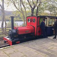 "Llanberis Lake Railway with 1'11"" gauge Elidir at the platform at Cei Llydan in October 2017.<br><br>[Caleb Abbott 12/10/2017]"