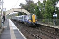 380004 calls at Langbank with a Gourock train on 23rd October 2017. <br><br>[Mark Bartlett&nbsp;23/10/2017]