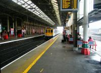 Platform scene at Preston on 11th September 2017 as a former Thameslink EMU arrives from Liverpool Lime Street. From the new 2018 timetable these workings will probably go through to Blackpool North under the new wires.<br><br>[Veronica Clibbery&nbsp;11/09/2017]