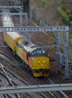 Colas 37421 leads a Network Rail test train out of Waverley, bound for Glasgow Queen Street.  37219 is on the rear. 4th December 2017.<br> <br><br>[Bill Roberton&nbsp;04/12/2017]