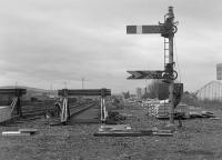 Looking west from the formation of the main line at Slateford into Princes Street Station in 1982.  The signals were related to the training centre located in the closed signal box.<br> <br> <br><br>[Bill Roberton&nbsp;//1982]