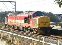 EWS 37694 crossing Slateford Viaduct in October 2002 on its way from Motherwell to Millerhill.<br><br>[John Furnevel&nbsp;11/10/2002]