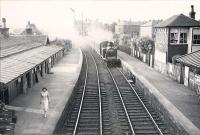 East Kilbride train stopping at Giffnock. CR 0.4.4T 55225.