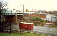 Eastbound train crossing the Kelvin between Partick and Yorkhill.<br><br>[Ewan Crawford&nbsp;//1988]