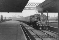 80121 enters Gilmour Street with train for Gourock in the summer of 1963.<br><br>[John Robin&nbsp;06/08/1963]