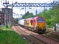 67011 passes Dalmuir on a crew-training run. May 19, 2006<br><br>[Andy Kirkham&nbsp;25/05/2006]