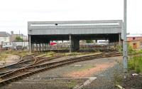 The old carriage shed and sidings at the north end of Perth station seen from platform 3 in June 2006.<br><br>[John Furnevel&nbsp;15/06/2006]